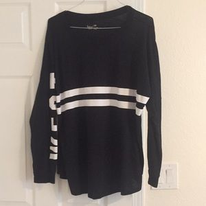Cotton long-sleeve tee